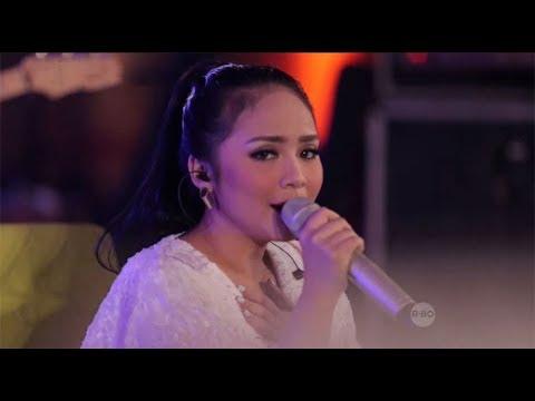 download lagu Gita Gutawa - Rumahku (Live at Music Everywhere) * * gratis
