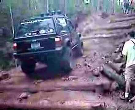 Jeep XJ Log Climb Video