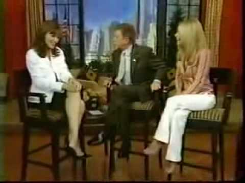 Jennifer Garner on Regis   Kelly 4 21 2004