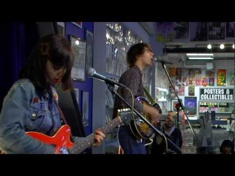 Veronica Falls - Beachy Head (Live at Amoeba)