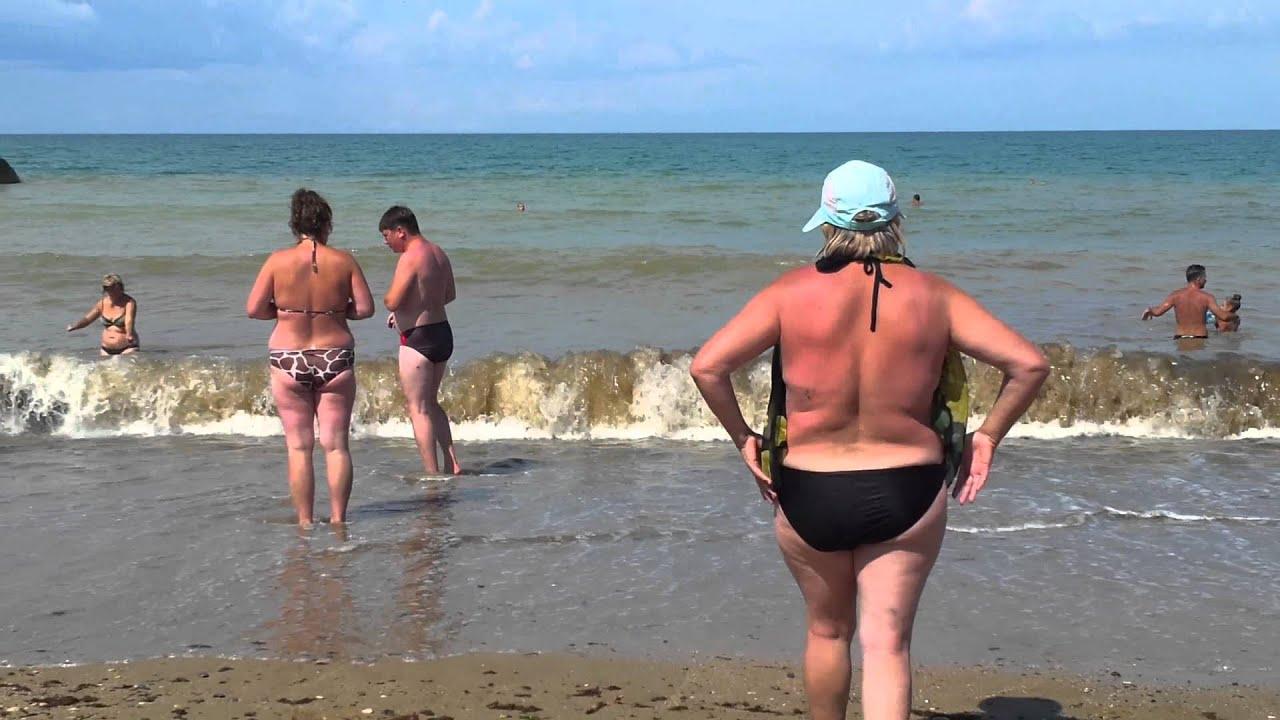 Лазаревское пляж фото девушек