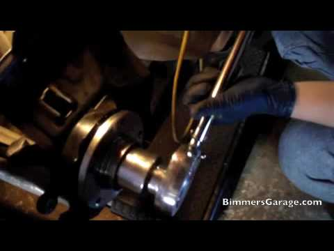 BMW Wheel Hub Bearing Replacement : DIY [ How To - Part 2 of 2 ] /// 330i (E46)