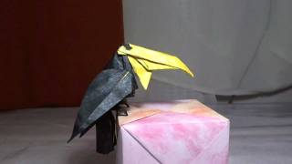 Origami Tucan Michael Lafosse