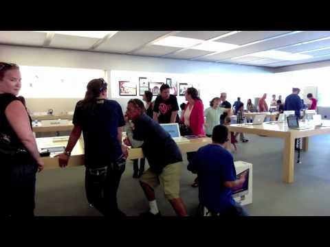 APPLE STORE DANCE TO NEVER SAY NEVER!!