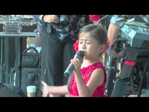 5 year old Nina Cantando Rancheras IMPRESIONANTE