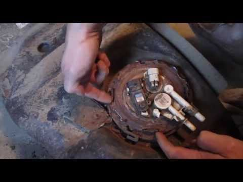 Chevy Blazer \ GMC Jimmy Fuel Pump Replacement - DIY How to Replace a Fuel Pump Part 2