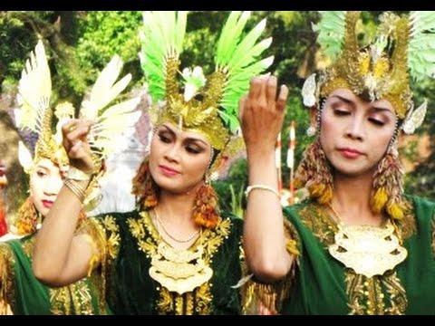 Tari Golek Kenyo Tinembe - Sanggar Tari Klasik Irama Tjitra - Yogyakarta Indonesia [hd] video