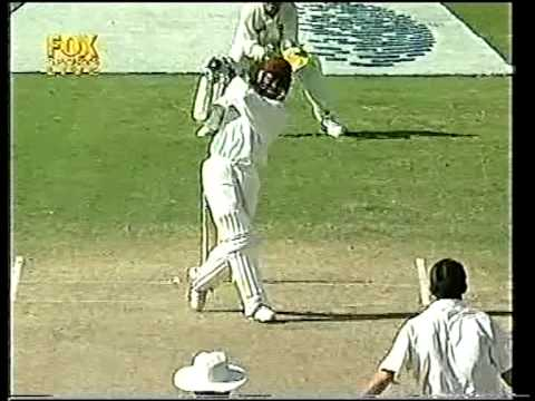 Brian Lara scintillating 100 off 82 balls vs australia 4th test 1999 antigua