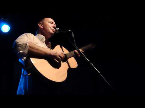 Francis Dunnery singing The Only Thing (Tin Angel 6/10/12)