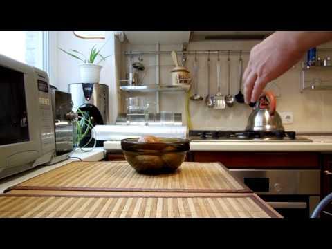Как варить картошку в микроволновке - видео