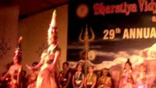 apoorva sekhar - karakattam dance - Annual day BVB 2010