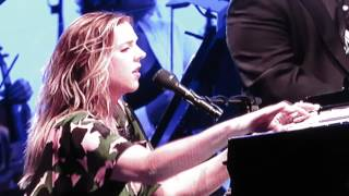 Watch Diana Krall Do It Again video