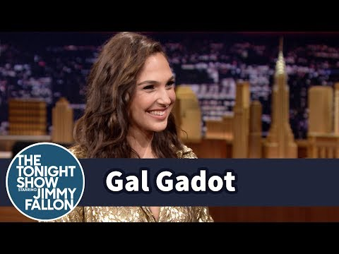 Cover Lagu Gal Gadot Auditioned for Wonder Woman Without Knowing It