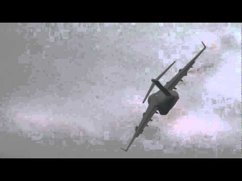 USAF C17 crash July 2010.wmv