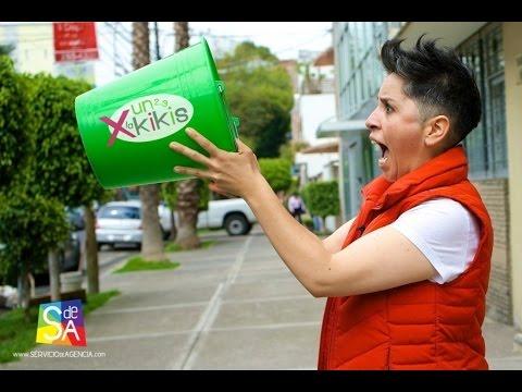 El Ice Bucket Challenge en Un 2 3 X La Kikis por Servicio De Agencia