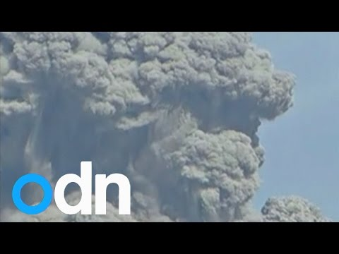 Chilean volcano Calbuco erupts for the third time in eight days