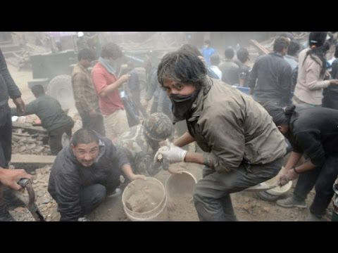 Death toll in Nepal earthquake rapidly climbing