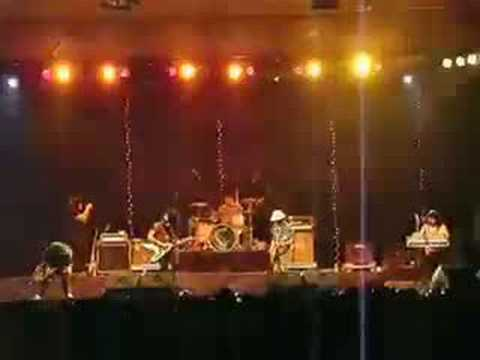 PEE WEE GASKINS (NEW) - TATIANA (LIVE AT CIBUBUR) Video
