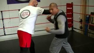 Boxing Tutorial:The body shot (liver shot)