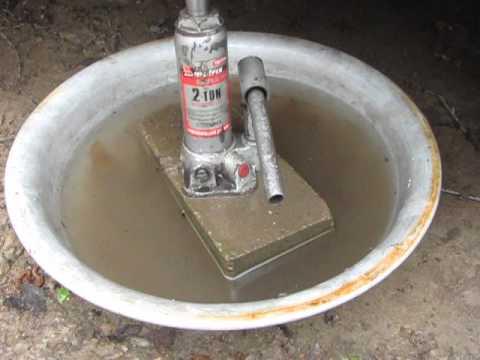 Испытание кирпича на основе глины.{mini brick plant)