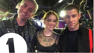 """""""You can ride a dragon honey!"""" Emilia Clarke promises Nick Jonas a role in Game Of Thrones"""