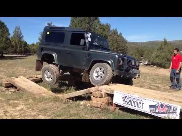 Land Rover defender 90 td5 vs defender 300 tdi vs discovery