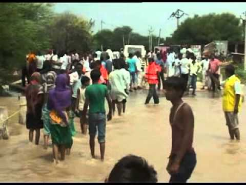 Slow receding water add to woes of flood-hit people in Odisha