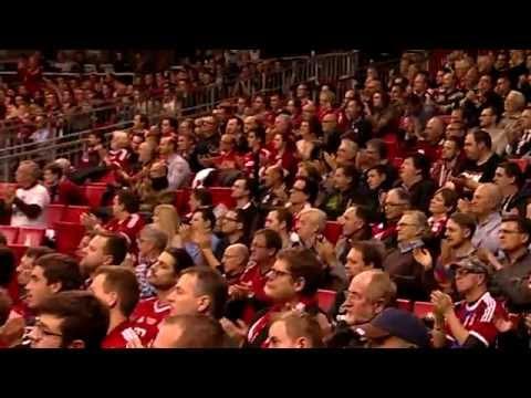 Jubel für Uli Hoeneß nach Hopfner-Rede | Jahreshauptversammlung des FC Bayern München