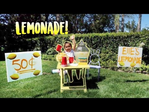 ELLE'S FIRST LEMONADE STAND!!! (SHE EARNS REAL MONEY)