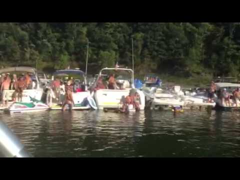 naked girls in party cove