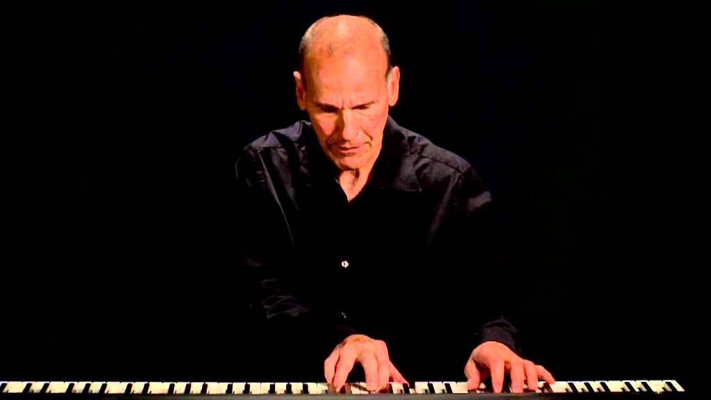 Russell Ferrante performing for The Music Path iPad app - YouTube