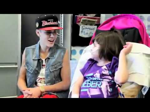 Justin Bieber Surprises Children At The Hospital