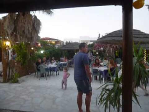 Restaurant Amoremio Naxos - best - greek - cuisine - cheap, greek-tourism.com