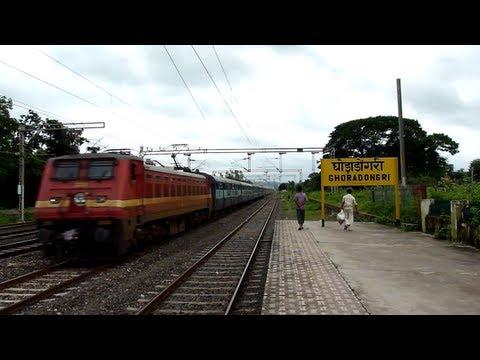 Headlamp Flashing Wap-4 Tamil Nadu Express Blasts At Mps! video