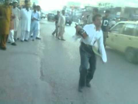 pakistani pagal......... suchay pyar ka anjam......... ;)