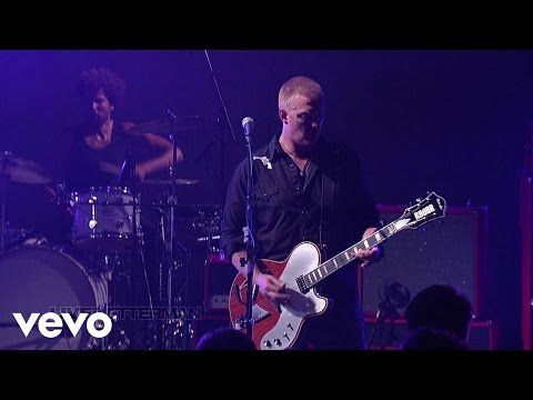 Queens Of The Stone Age - Smooth Sailing (Live @ Letterman, 2013)