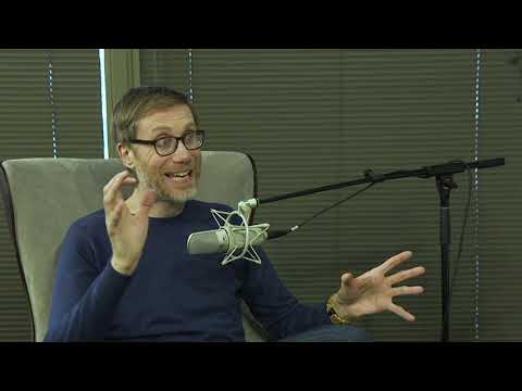"""Stephen Merchant Talks """"Fighting With My Family"""""""