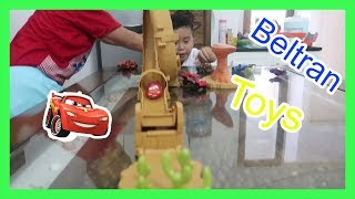 Play A Toys Car Lightning Mcqueen Willy's Butte Transforming Track Set - Tomica Cars