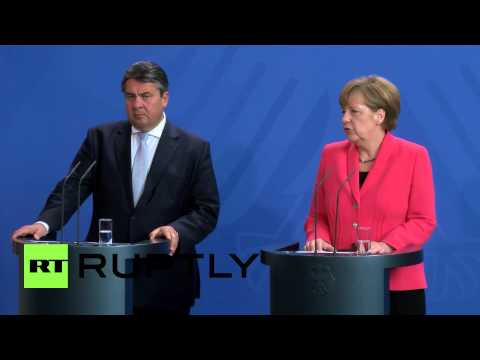 Germany: Greece negotiations can continue after referendum, euro at stake - Merkel