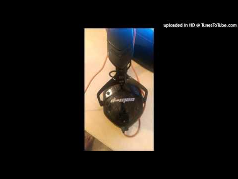 Blasterjaxx vs Vernsing- Echo [DMAC House Mashup]
