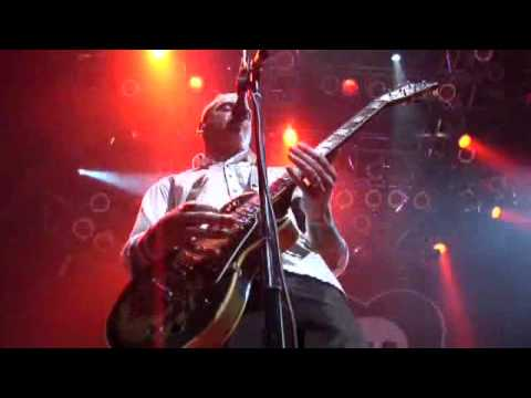 Alkaline Trio - Private Eye (Live)