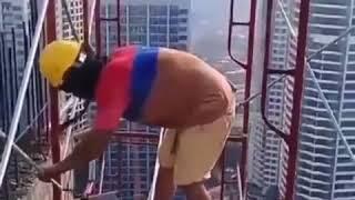Crazy Jobs, scaffold hangers, scaffolding Tall Buildings.
