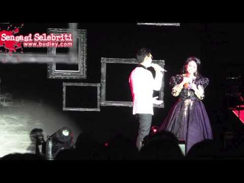 Persembahan Rossa di Konsert Mega Bintang