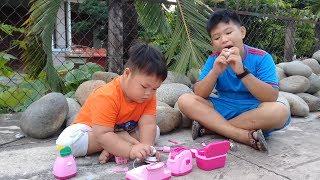 Đồ chơi trẻ em bé pin nhà bếp nấu ăn ❤ PinPin TV ❤ Baby toys kitchen cooking