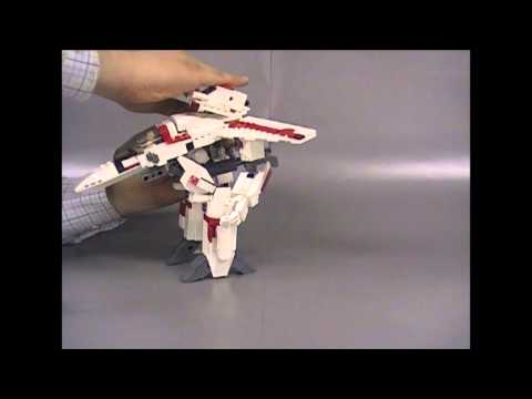 LEGO Macross VF-1 Valkyrie transform video-01