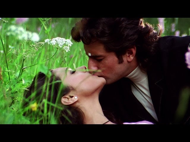 Preity Zinta's Love Making Scene with Saif Ali Khan - Movie Kya Kehna