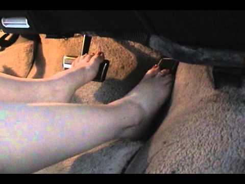 Pedal Pumping Oldsmobile Regency 98 Barefoot