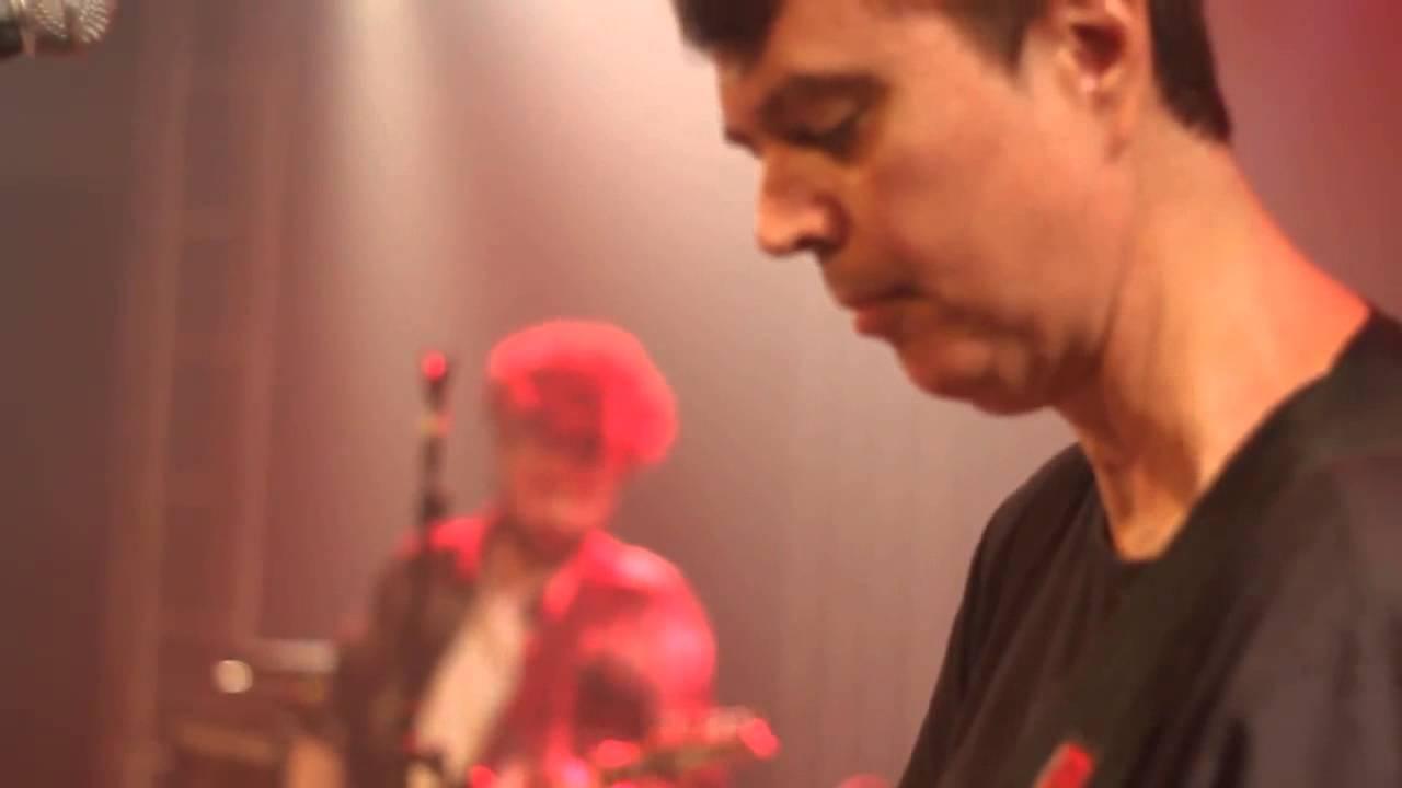 [VIDEO] Curiosidades e Found Footage de ensaio da banda