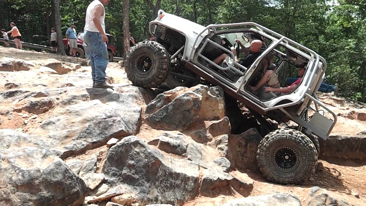 Jeep Grand Cherokee Defining Quot Rock Crawling Quot At The Kodak