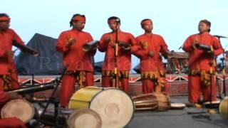 Download Lagu GENDANG TRADISIONAL BANYUWANGI DI FESTIVAL DANAU TOBA 2013 Gratis STAFABAND